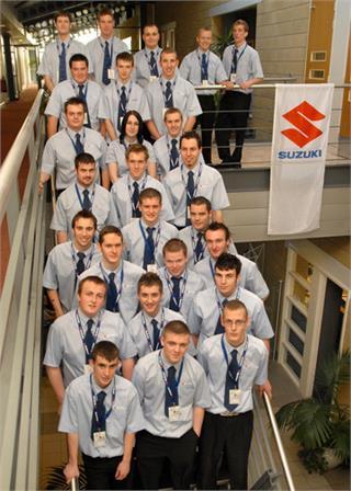 Suzuki 2006 Apprentices.jpg